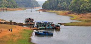 boating-periyar-lake